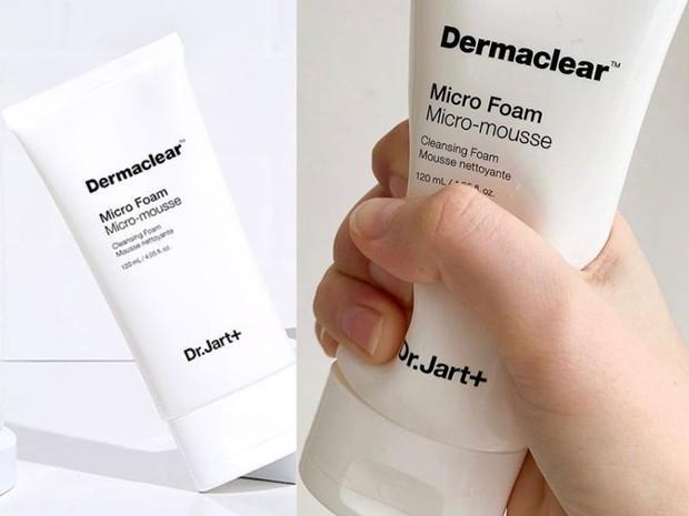 Dr. Jart+ Dermaclear Micro Foam Cleanser merupakan sabun cuci muka Korea yang cocok untuk semua jenis kulit