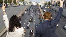 Jalan Moskow Penuh Pemotor Saat Festival Sepeda Motor Tahunan