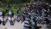 Penggerebekan 140 Pemuda Pesta Miras-Narkoba di Tengah Pandemi
