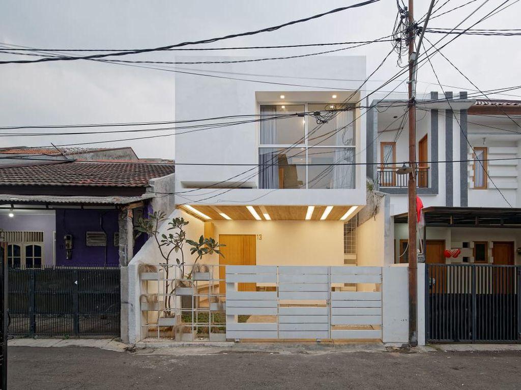 Mengenal Split House, Konsep Rumah Mungil di Tebet yang Mendunia