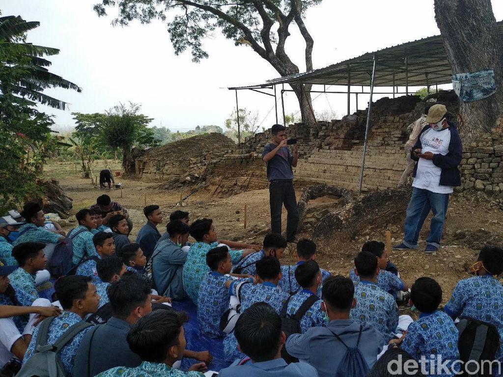 Penasaran Ekskavasi, Situs Candi Patakan Diserbu Pelajar Hingga Santri