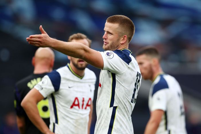 LONDON, ENGLAND - SEPTEMBER 27: Eric Dier of Tottenham Hotspur reacts during the Premier League match between Tottenham Hotspur and Newcastle United at Tottenham Hotspur Stadium on September 27, 2020 in London, England. Sporting stadiums around the UK remain under strict restrictions due to the Coronavirus Pandemic as Government social distancing laws prohibit fans inside venues resulting in games being played behind closed doors. (Photo by Clive Rose/Getty Images)