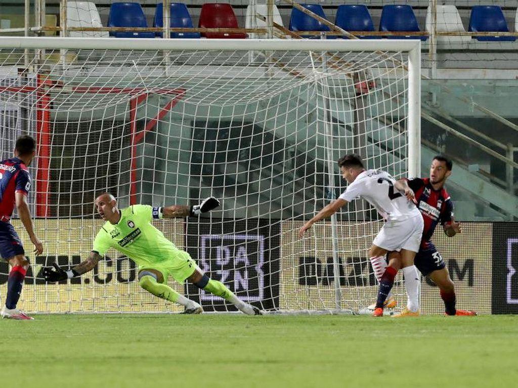 Crotone Vs Milan: Tanpa Ibrahimovic, Rossoneri Menang 2-0