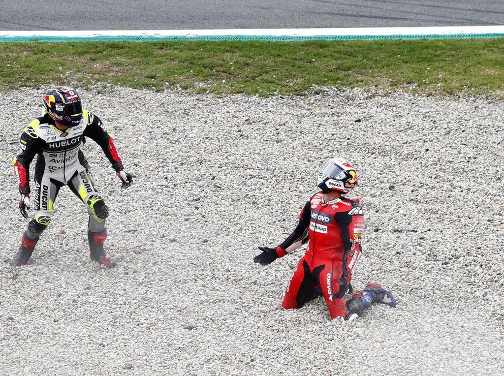 Kampiun Paling Sering Jatuh MotoGP 2020 adalah...