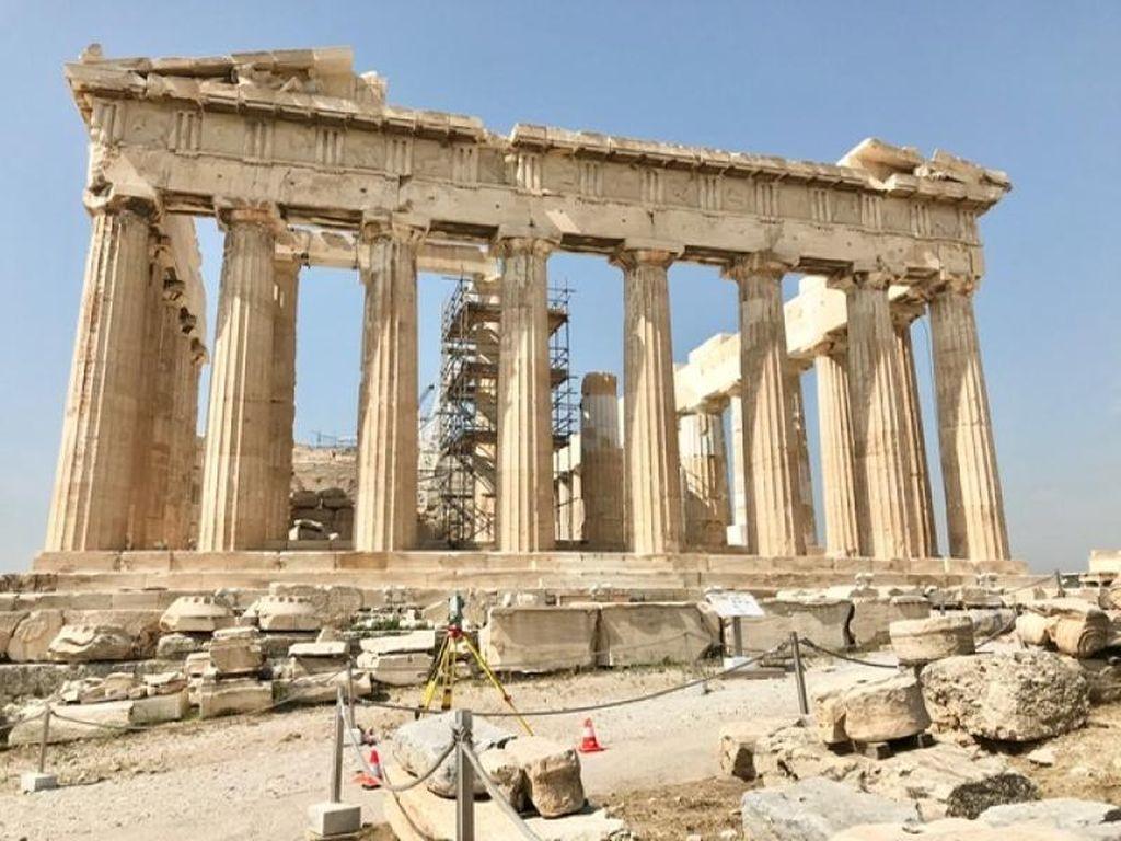 Potret Kota Athena yang Melegenda