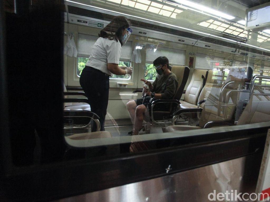 Cara PT KAI Tangkis Corona di Hari Kereta Api Nasional