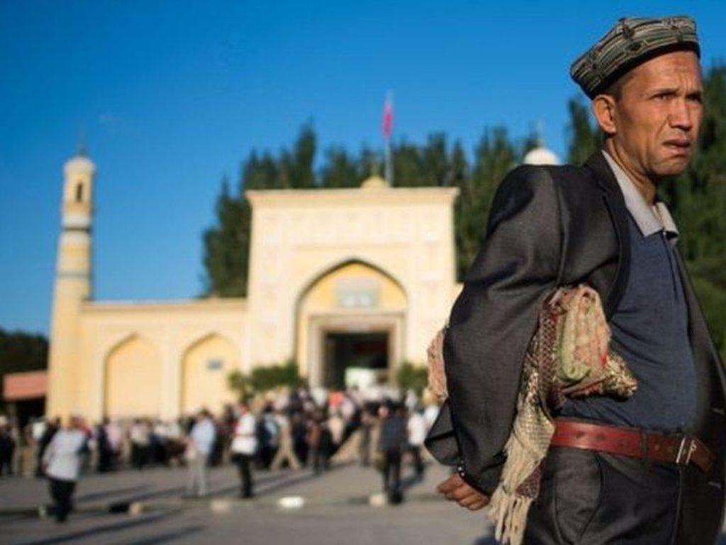 Xi Jinping Tegaskan Kebijakan Atas Uighur di Xinjiang Sudah Benar