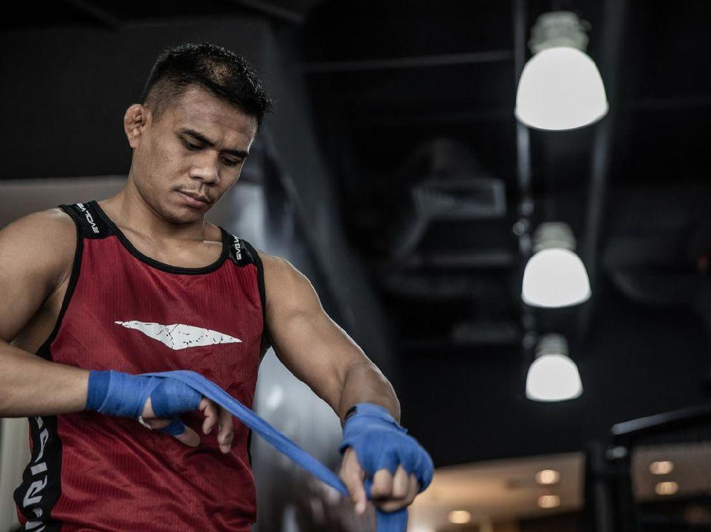 ONE Championship: Eko Roni Lawan Petarung Filipina Jumat Nanti