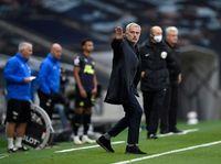 Saat Jose Mourinho Khilaf