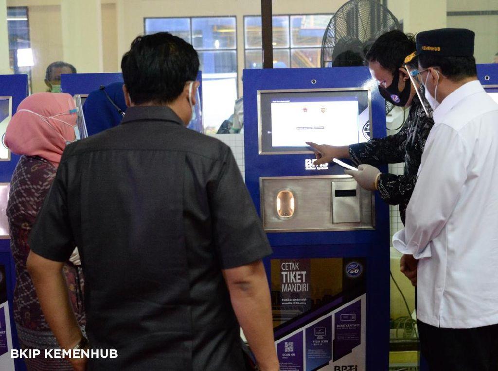 Terminal Jatijajar Terapkan e-Ticketing dan Aplikasi Pantau COVID-19