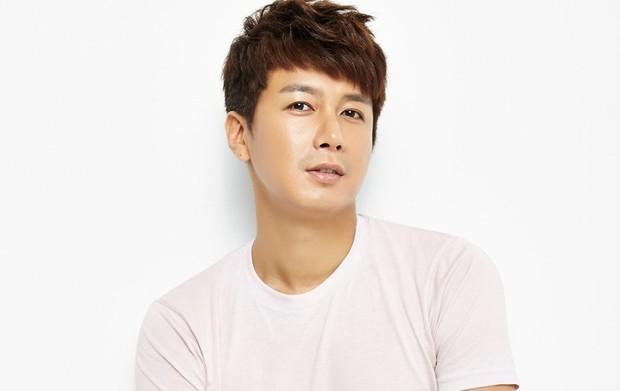 Setelah kekasih hamil, Kim Seung Hyun memutuskan pensiun dan ingin jadi ayah yang baik.