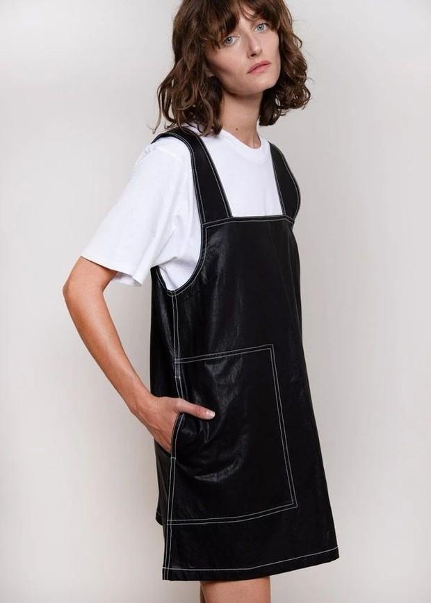 Nah kalo yang satu ini cocok banget nih dikenakan buat kamu yang mau tampil feminim tapi tetap sederhana!