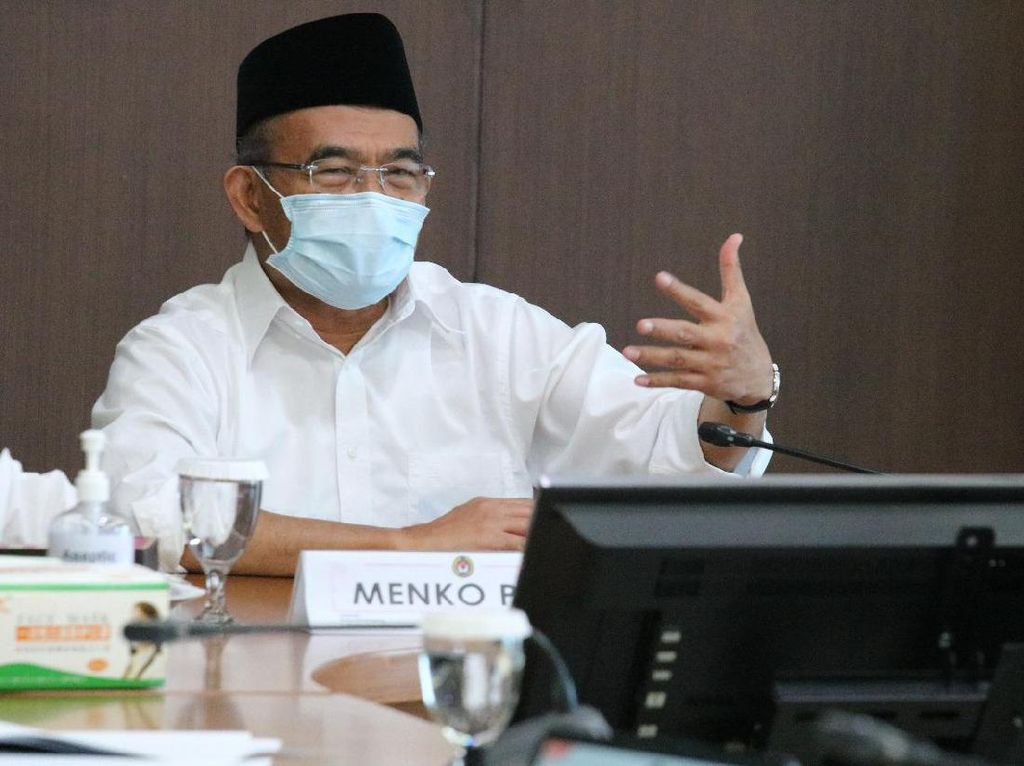 Corona Tembus 1 Juta, Muhadjir Ungkap Arahan Jokowi soal Karantina Terbatas
