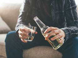 Bahas RUU Minuman Beralkohol, Ini Dampak Minuman Keras bagi Kesehatan