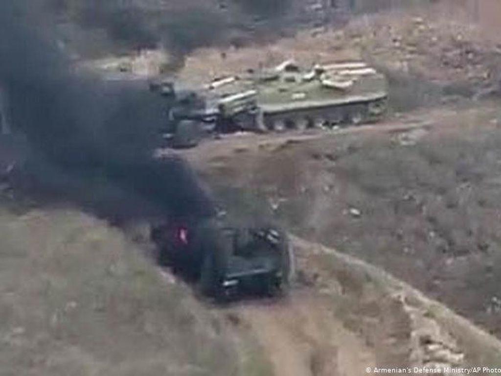 Perebutkan Nagorno-Karabakh, Armenia-Azerbaijan Deklarasikan Darurat Perang