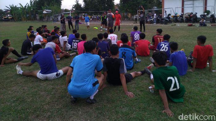 Seleksi Persem Mojokerto menyambut Liga 3 di daerah zona merah COVID-19.
