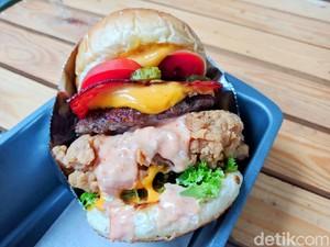 Woodfire : Yummy! Setangkup Burger Berisi Beef Patty dan Brisket yang Juicy