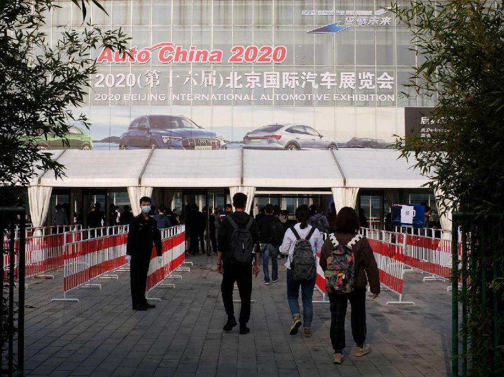 Beijing Auto Show Digelar, Pengunjung Sangat Sepi