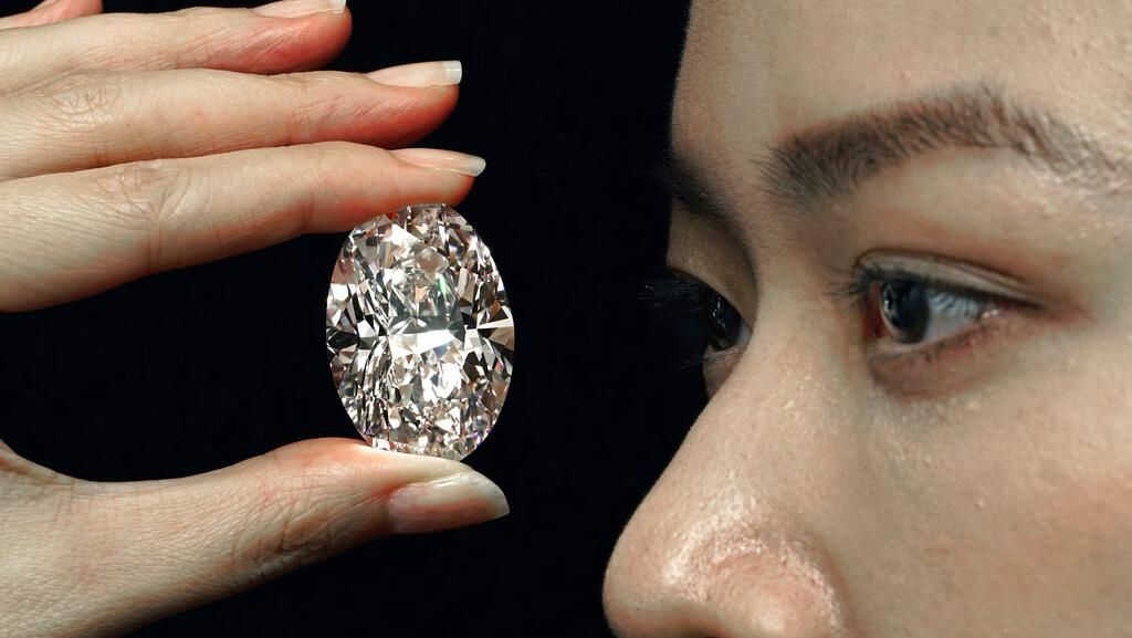 Cantiknya Berlian Terlangka di Dunia yang Akan Dilelang