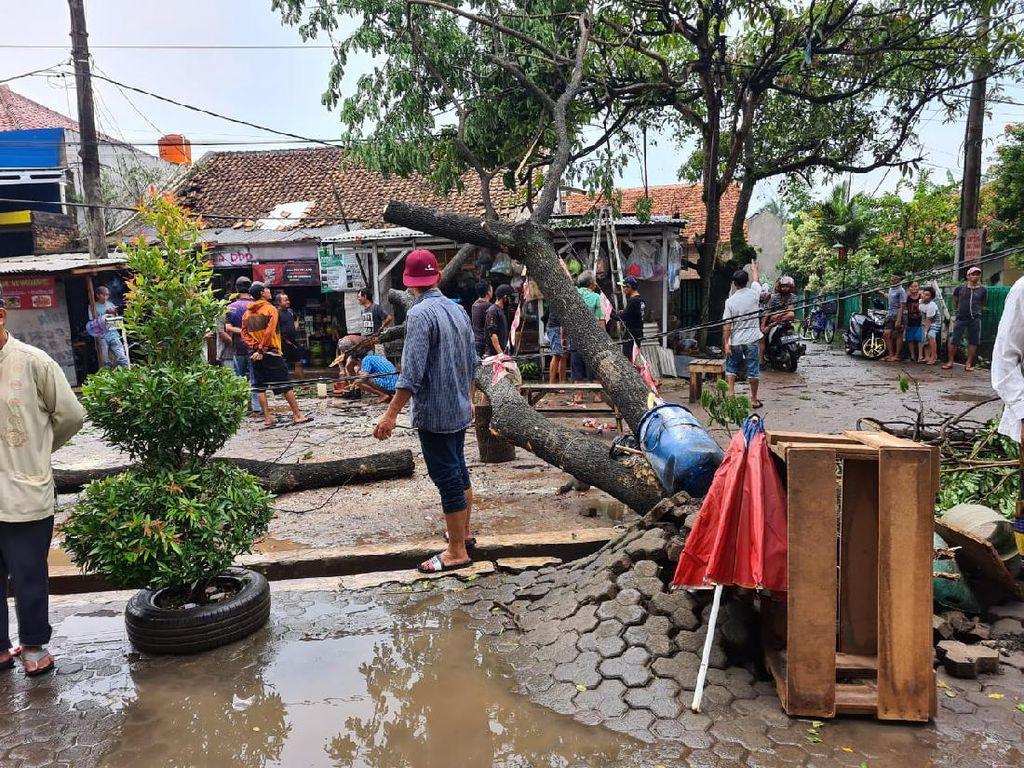 5 Desa Terdampak Hujan Badai di Parung Panjang Bogor