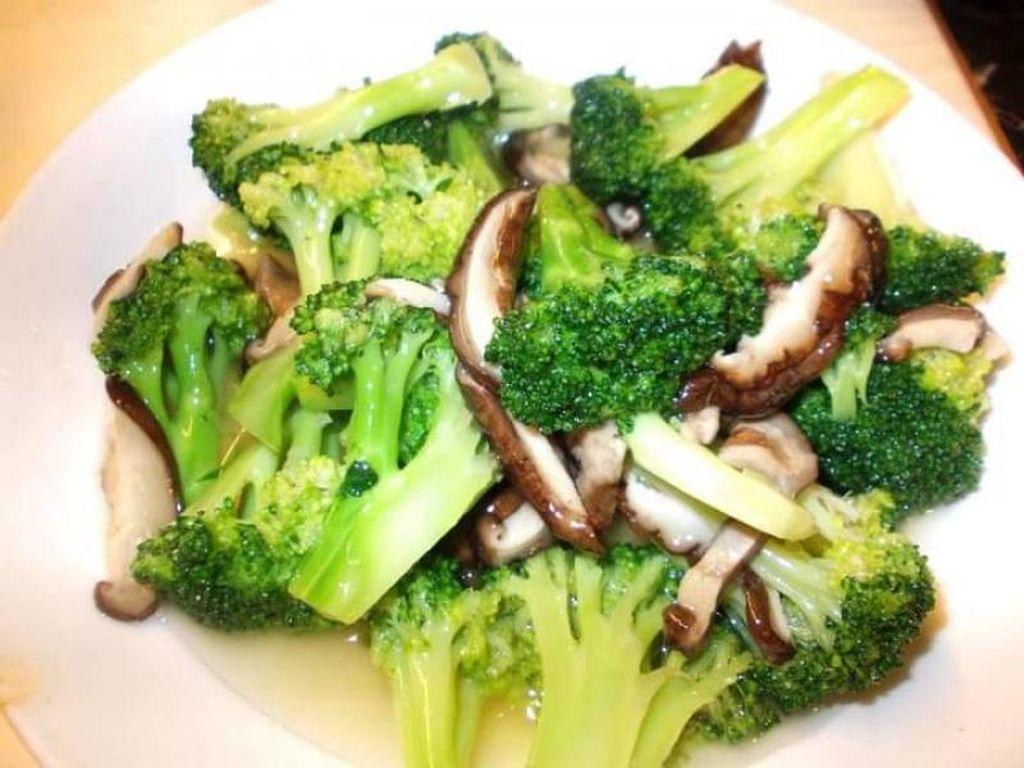 Kuliner Vegetarian di Nanjing East Road Shanghai