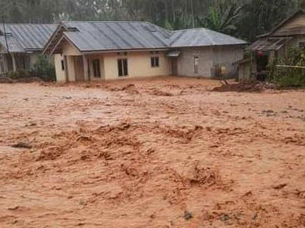 Melihat Keganasan Banjir di Kabupaten Donggala, Rendam Puluhan Rumah!