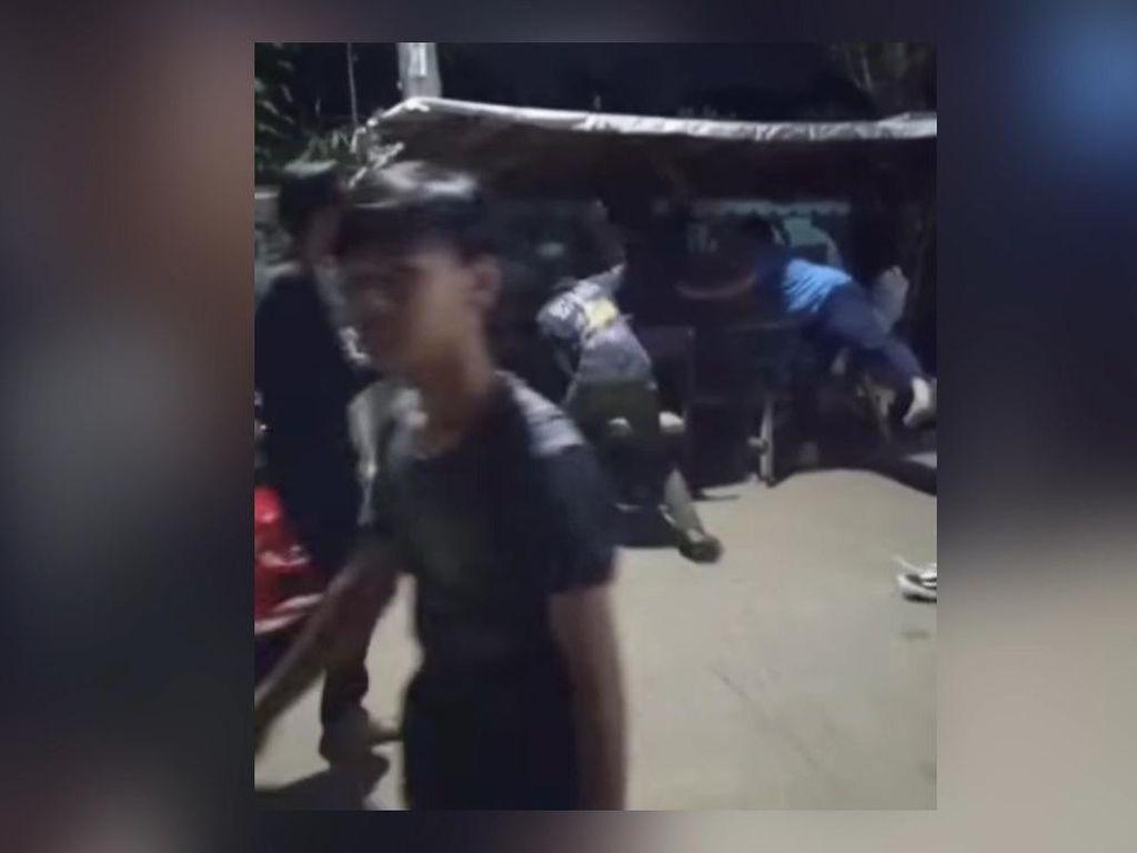 Detik-detik Pemuda di Ciputat Diserang Pakai Pecahan Botol