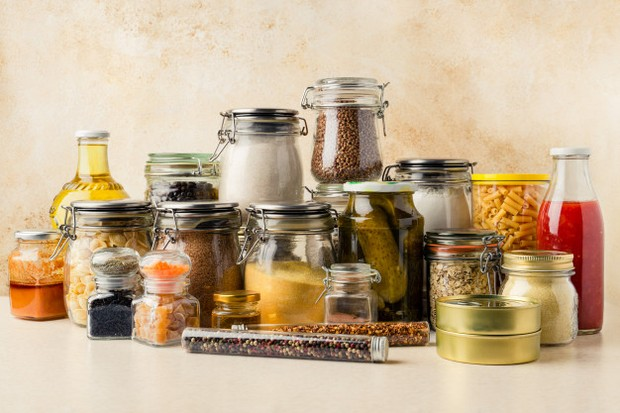 Tidak semua makanan bisa disimpan dalam kulkas karena bisa memperngaruhi kesegaran makanan lain.
