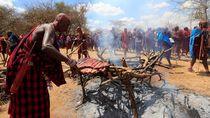 Pesta Suku Pemburu Singa di Kenya