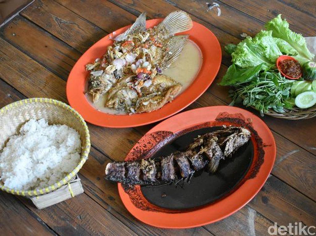 Bisa Makan Gurame Cobek Sampai Liwetan Lesehan di Bekasi