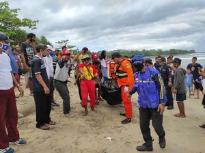 Wisatawan Jakarta Tewas Terseret Ombak Pantai Selatan Lebak