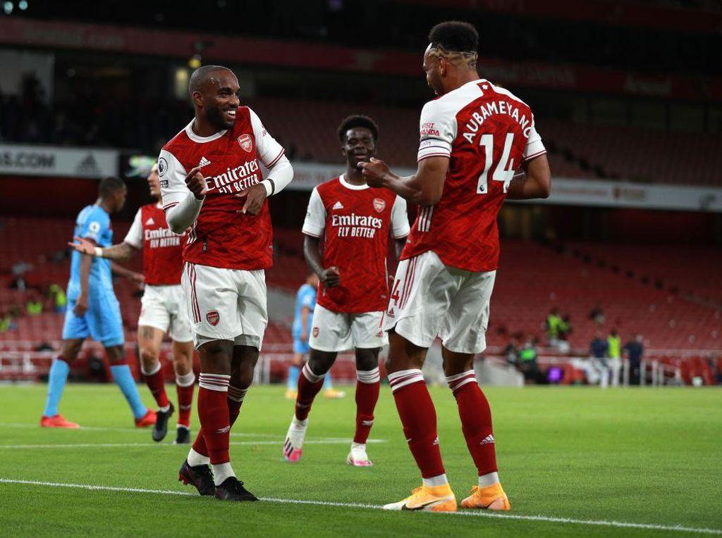 Solusi Cepat buat Arsenal: Cadangkan Lacazette, Aubameyang No.9