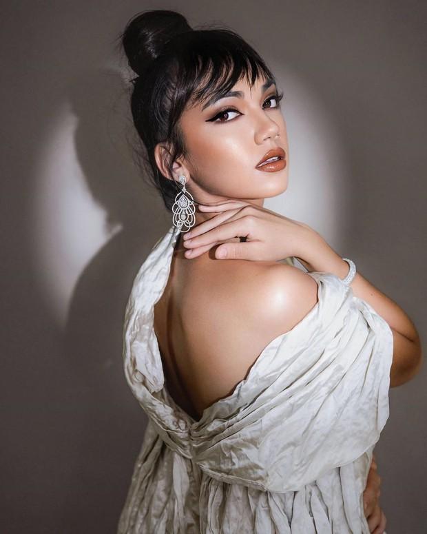 Haico terpilih sebagai aktris Indonesia terpopuler 2020 di ajang penghargaan Indonesian Television Award.