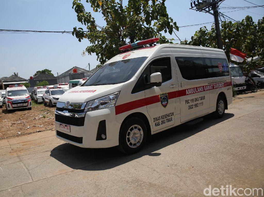 Viral Iring-iringan Mobil Pejabat Halangi Ambulans, Padahal Presiden Saja Harus Ngalah!