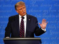 Positif Corona, Trump Sempat Ejek Biden yang Pakai Masker Saat Debat Capres