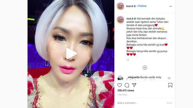 Instagram Inul Daratista