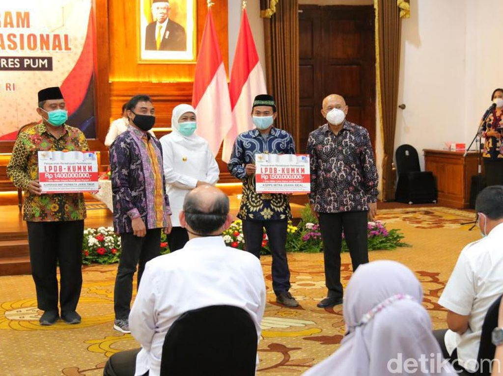 Menkop Gelontorkan Bantuan untuk 1,1 Juta UMKM di Jatim