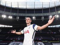 Gareth Bale Tidak Akan Buru-buru Merumput