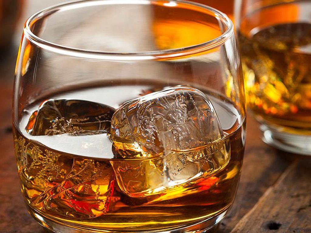 Bakal Dilarang, Ini Sejarah Minuman Beralkohol di Dalam dan Luar Negeri