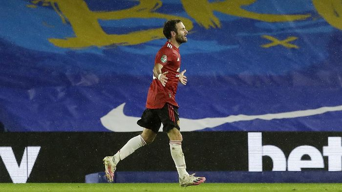 BRIGHTON, ENGLAND - SEPTEMBER 30: Juan Mata of Manchester United celebrates after scoring his sides second goal during the Carabao Cup fourth round match between Brighton and Hove Albion and Manchester United at Amex Stadium on September 30, 2020 in Brighton, England. Football Stadiums around United Kingdom remain empty due to the Coronavirus Pandemic as Government social distancing laws prohibit fans inside venues resulting in fixtures being played behind closed doors. (Photo by Matt Dunham - Pool/Getty Images)