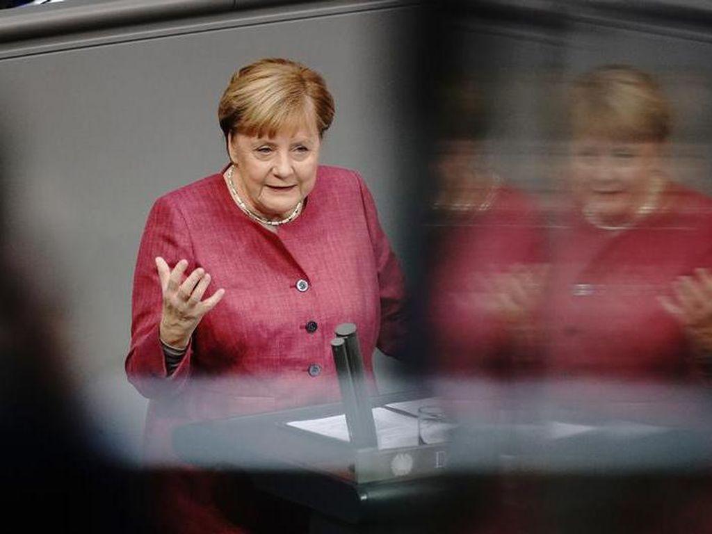 Merkel Minta Pembatasan Lebih Ketat Usai Kematian Corona Makin Gawat