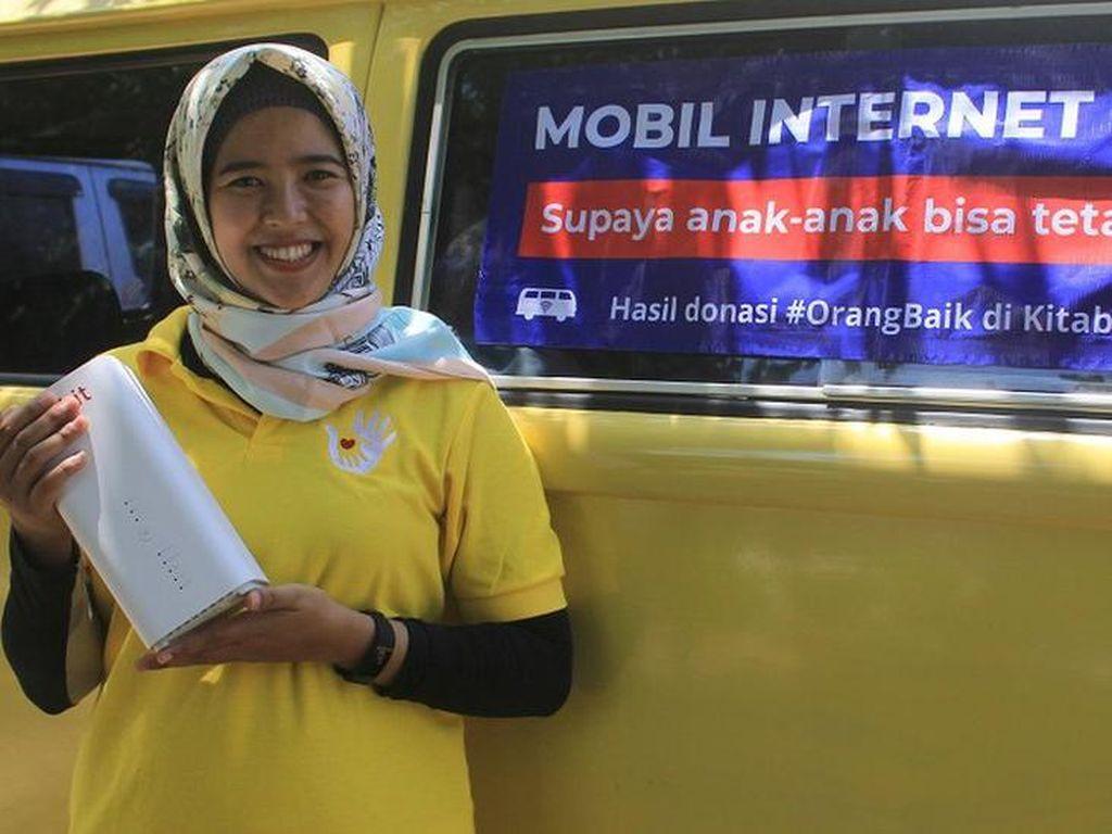 Kehilangan Anak, Wanita Ini Sebar Kebaikan dengan Internet Gratis Bagi Pelajar