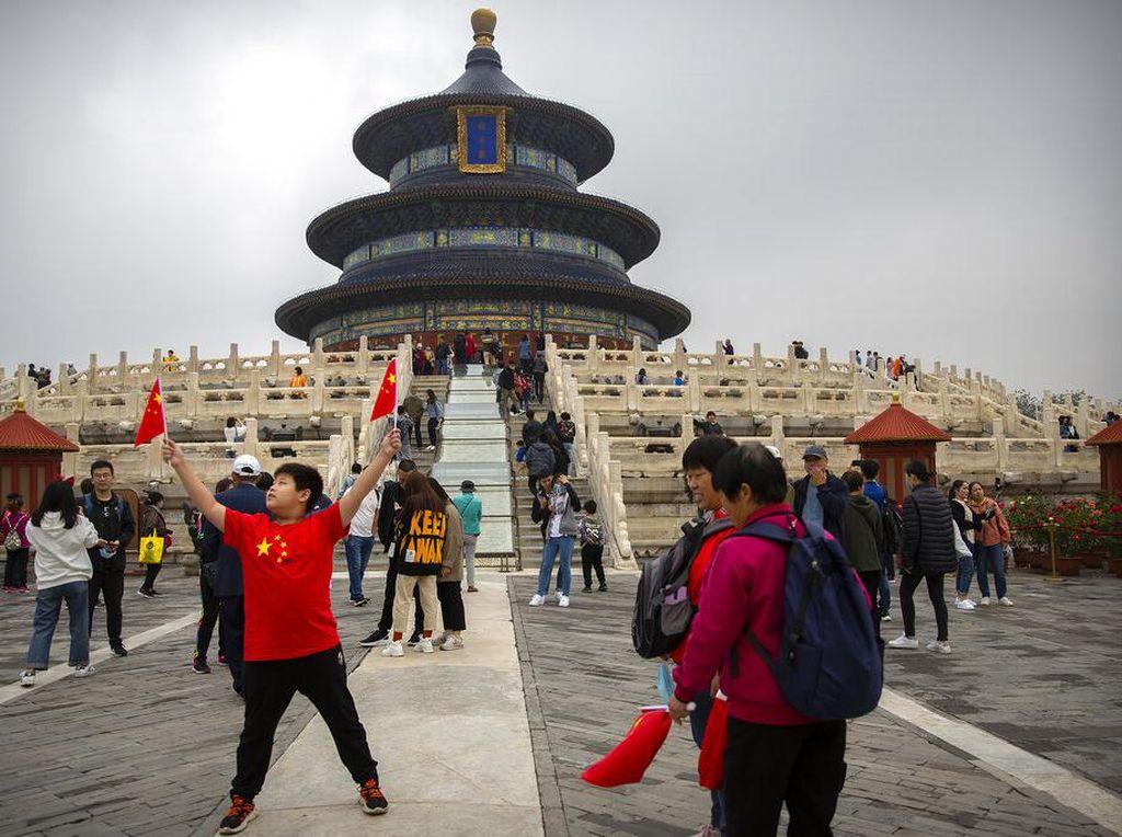 China Bahagia, Pariwisatanya Pulih Akhir Tahun