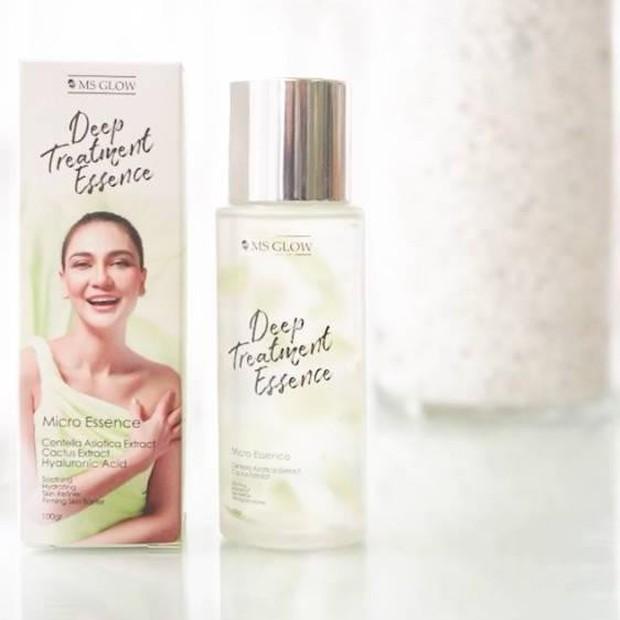 Produk Ms Glow Deep Essence Treatment ini dikemas dalam dus berwarna putih