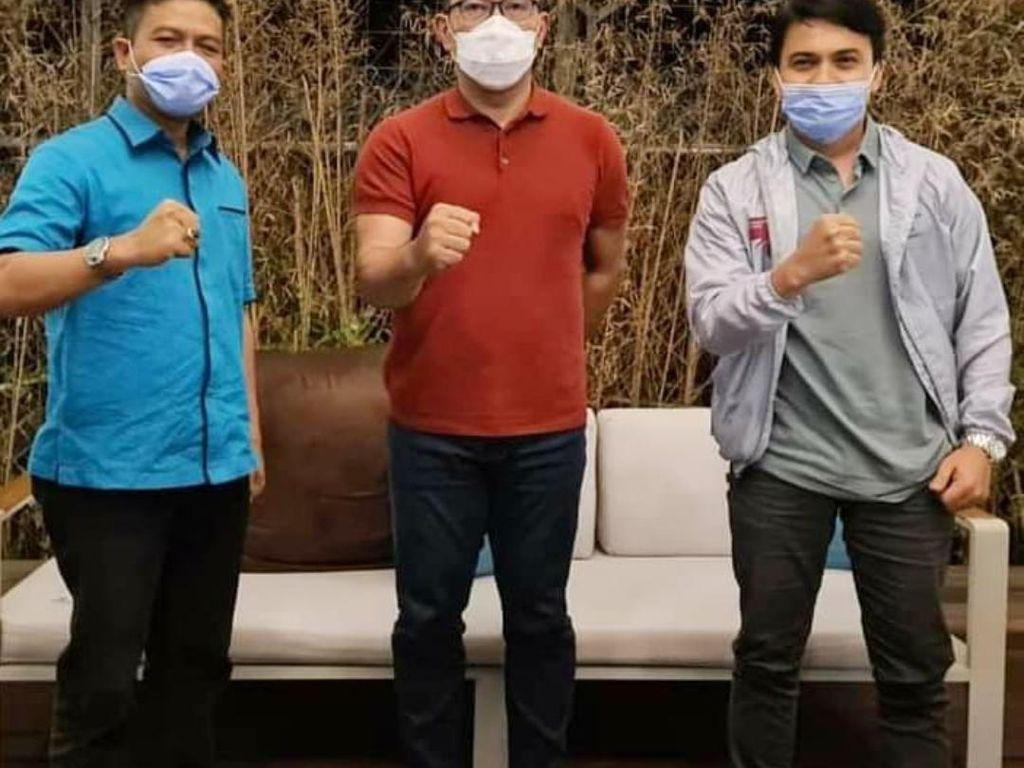 Bawaslu Jabar Usut Dugaan Pelanggaran Cabup Bandung Foto Bareng RK di Rumdin