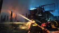 Pasar Inpres Sintang Kalbar Terbakar, 9 Kios Hangus