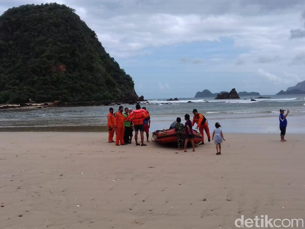 Warga Pesisir Selatan Banyuwangi Resah dengan Isu Potensi Tsunami 20 Meter