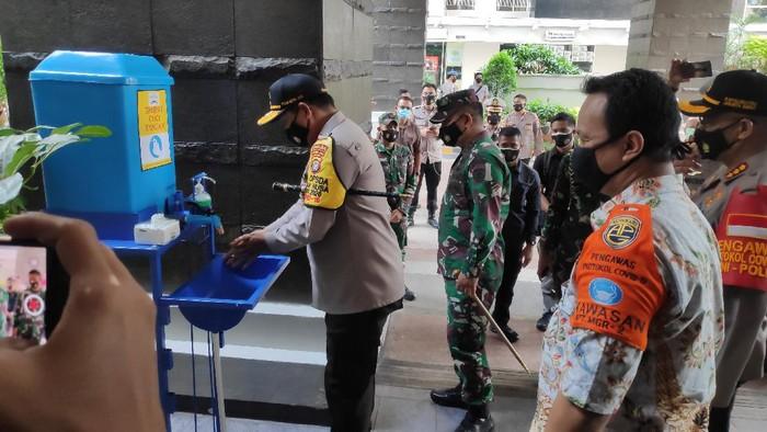 TNI-Polri Resmikan Apartmen Bebas COVID Berstandar Prokes di Jakbar