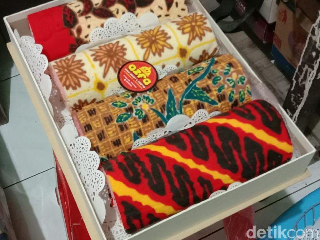 Cantik! Ini Kue Tart dan Brownies Motif Batik dari Brebes