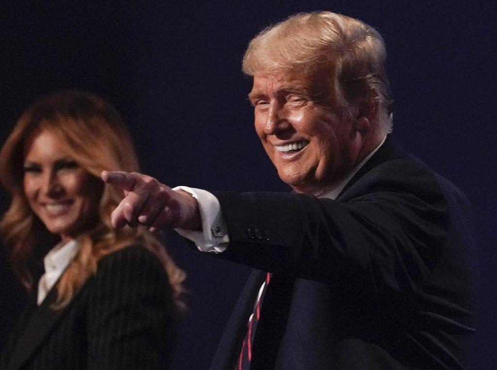Anak Laki-laki Donald Trump Juga Positif COVID-19
